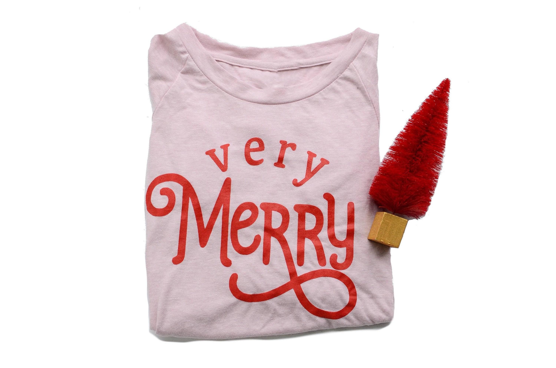 milkandhoneytees_christmas18verymerry