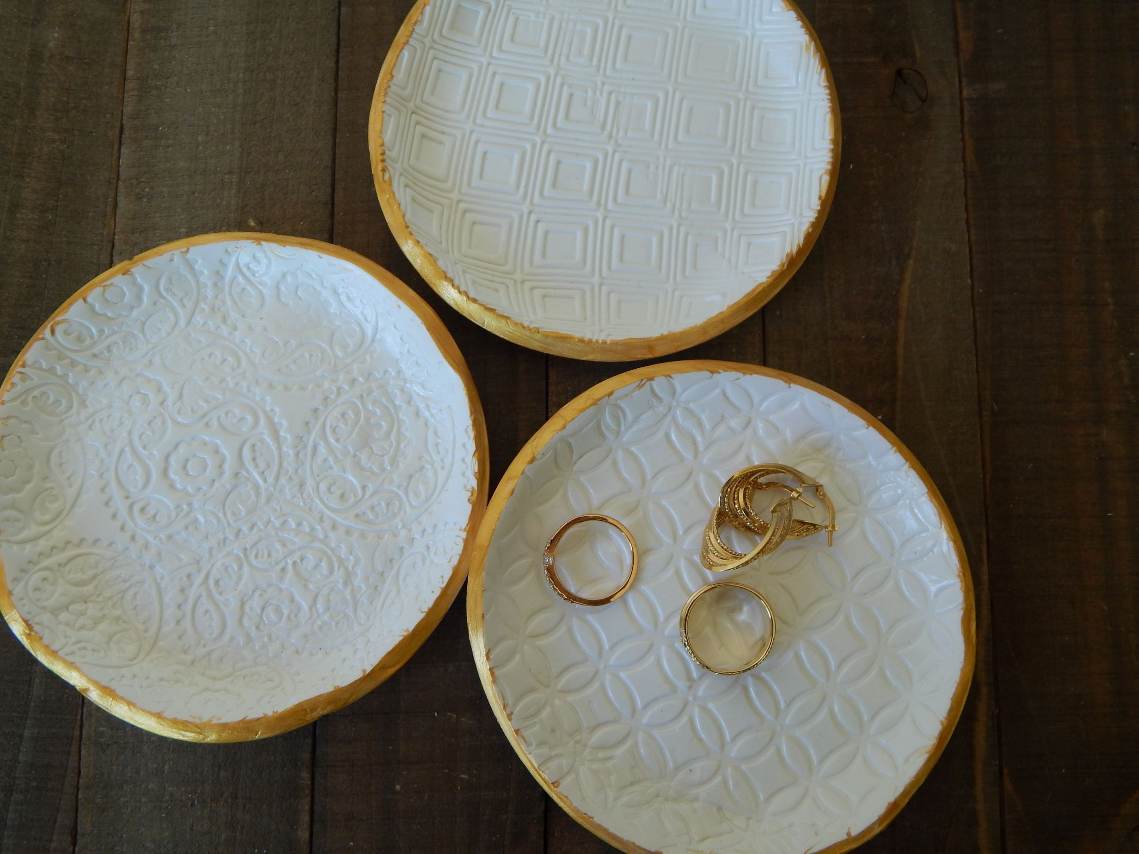Adorable ring dishes to add to any room.