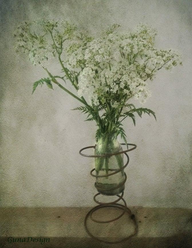 vintage chair spring vase by gunadesign