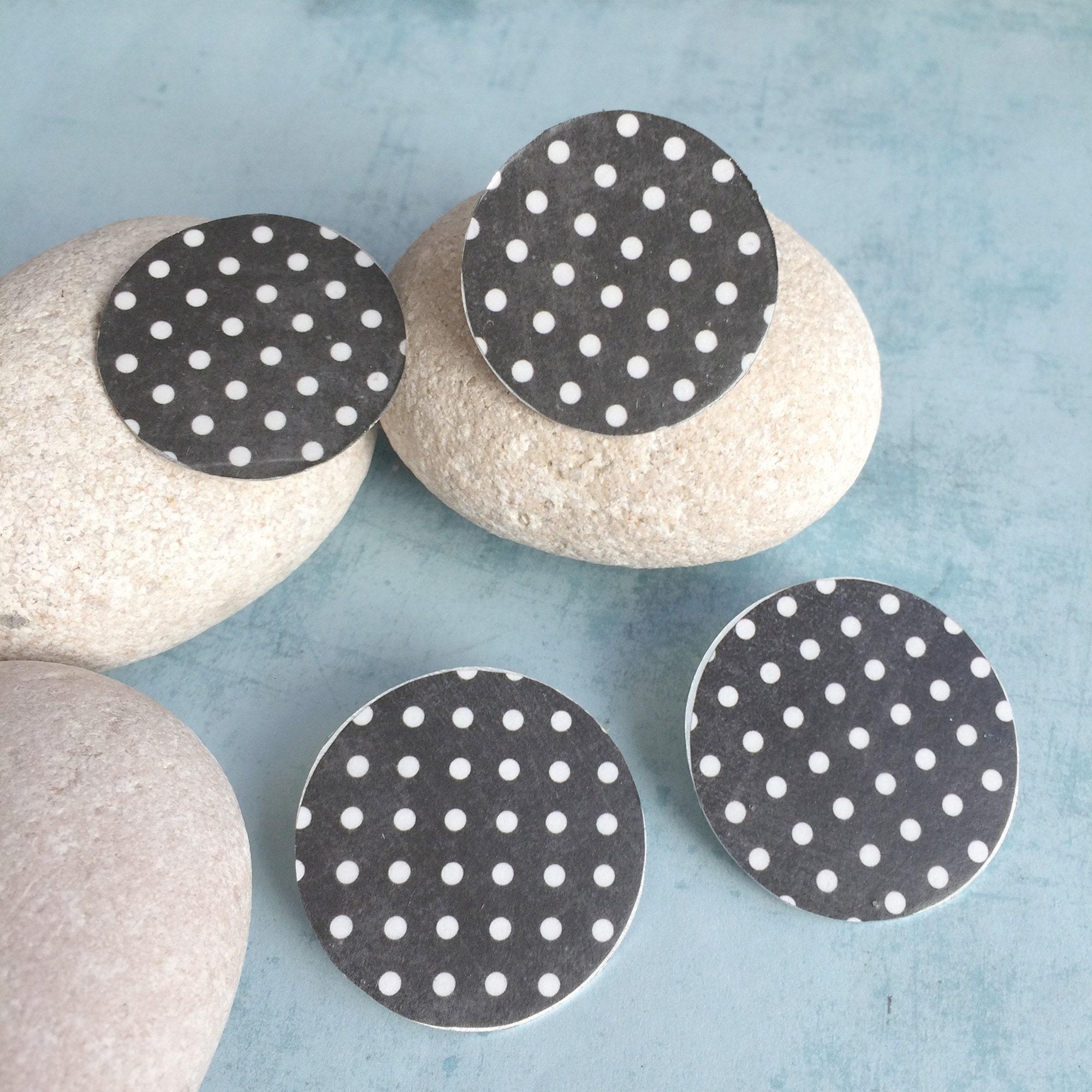 Polka dots paper earrings