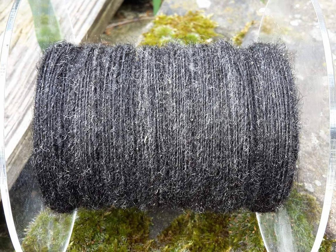 Pommernwolle gesponnen Ludmilla