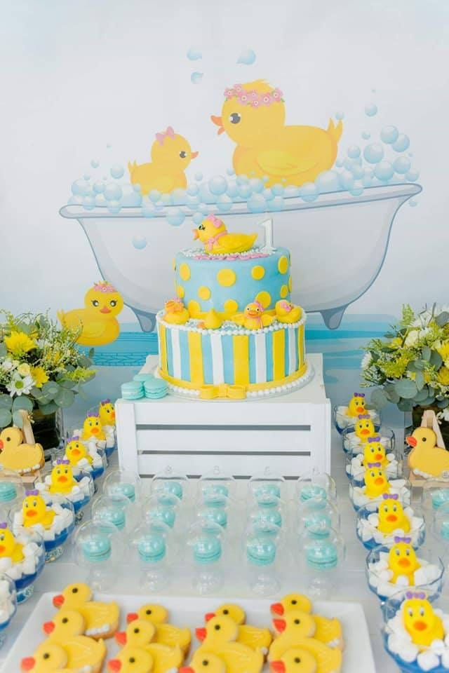 Rubber Ducky Birthday Party Ideas | Little Printables Shop | Rubber Ducky Party Ideas | Rubber duck Baby Shower Ideas | Rubber Duck Party Decor | Rubber Duck Party Favor | Rubber Duck Food Ideas