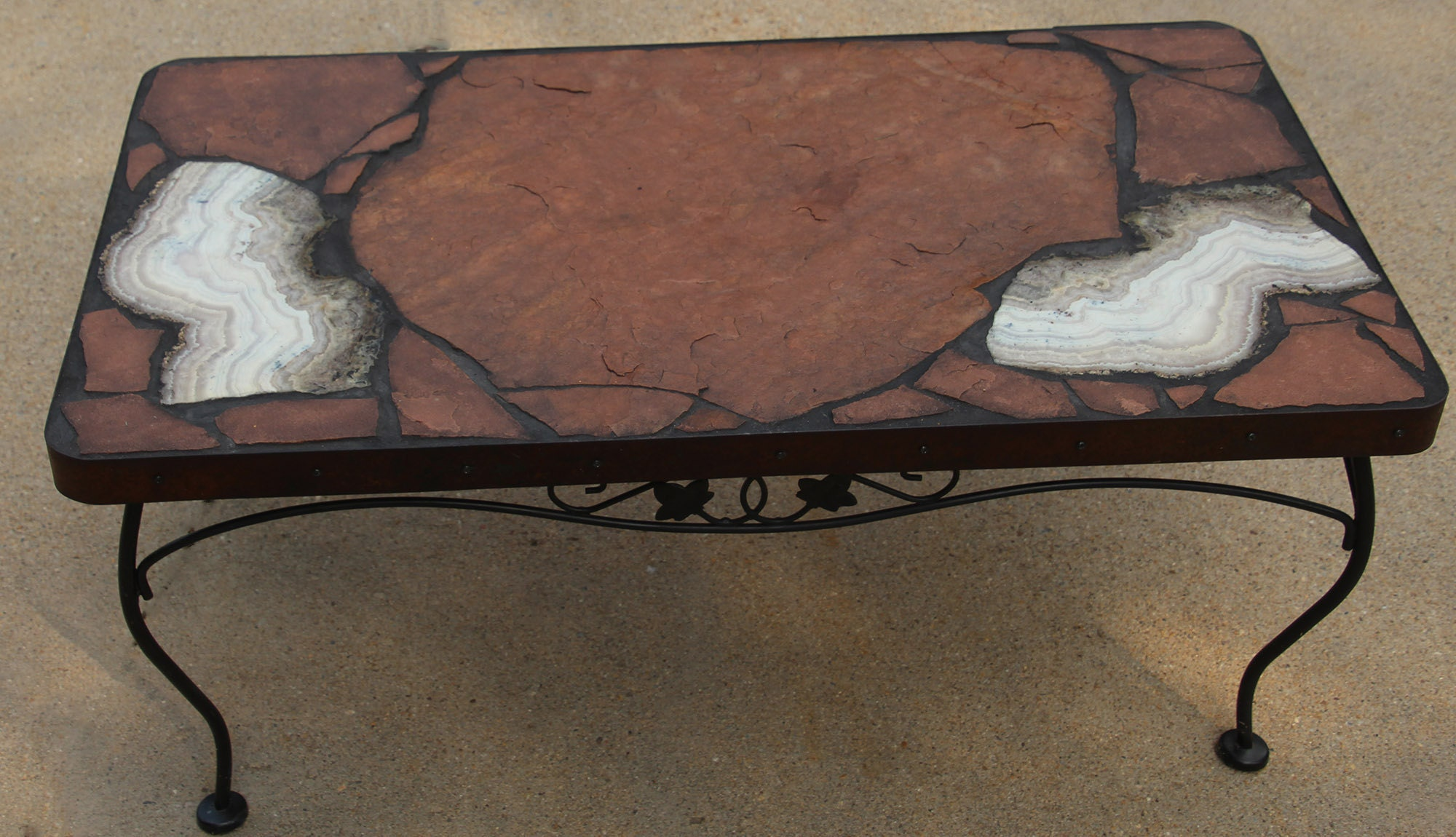 Sowbelly agate coffee table on a recycled base