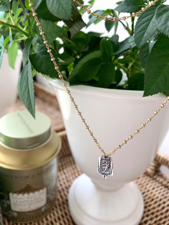 escapulario devocional, devotional scapular, medalla del Carmen, escapulario del Carmen, catholic medal, catholic jewelry, joyería católica, Catholic gifts