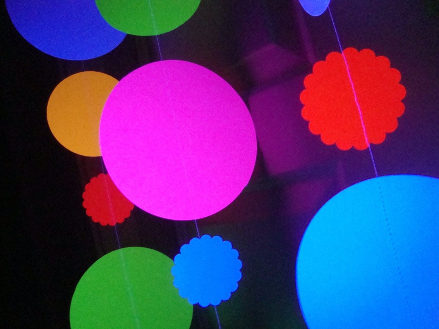 jumbo circle neon fluorescent garlands for glow black light party