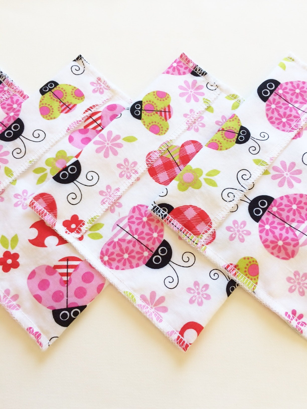 GiftsandHomeDecorUS Ladybugs Sandwich bags and snack bags, ready to ship