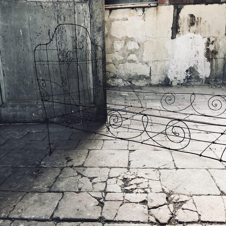 grand lit en fil de fer 90 cm x 40 cm EDIT58 X DE BEAUX SOUVENIRS, 2018