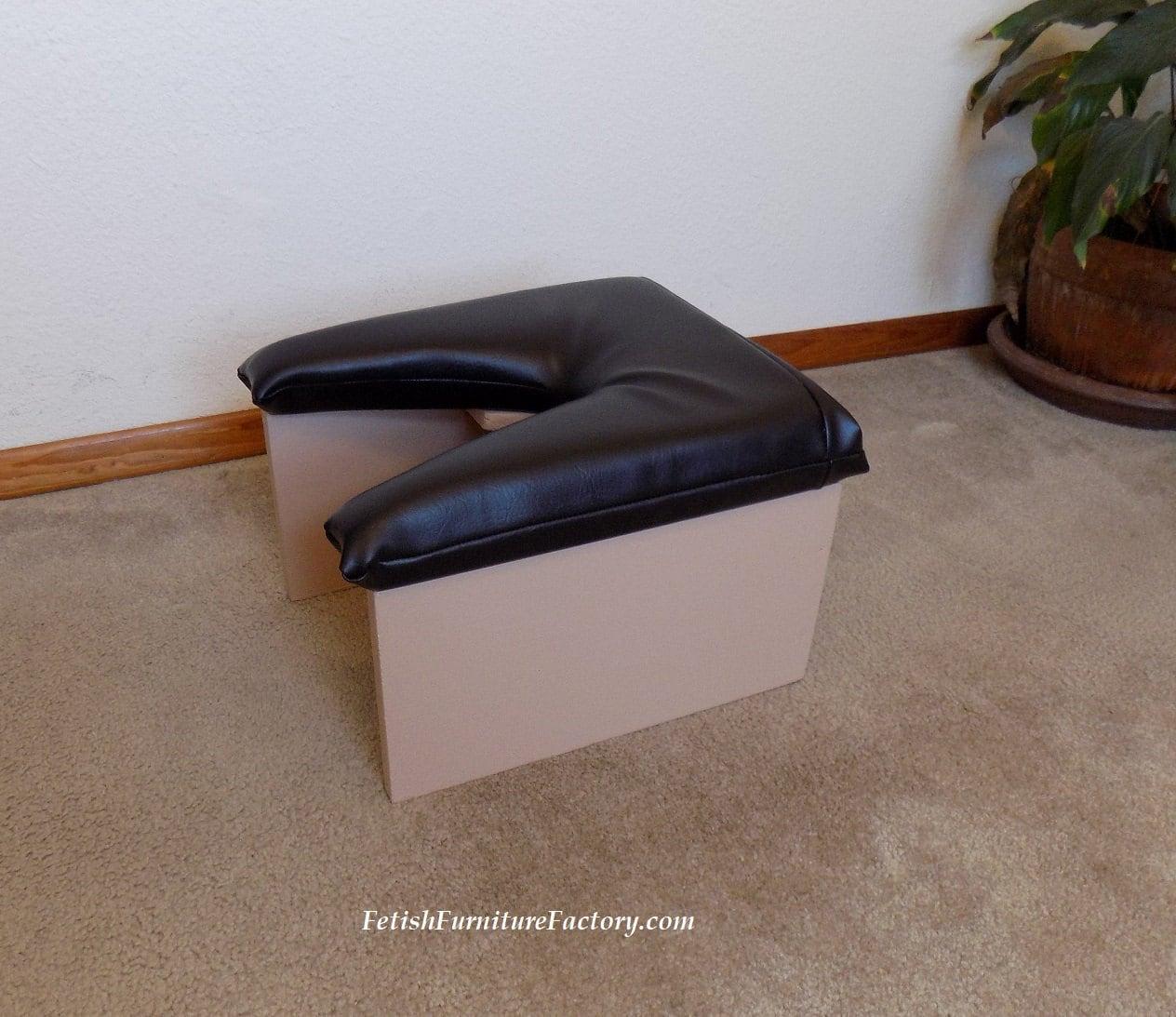 Rim Seat - Smothering Stool
