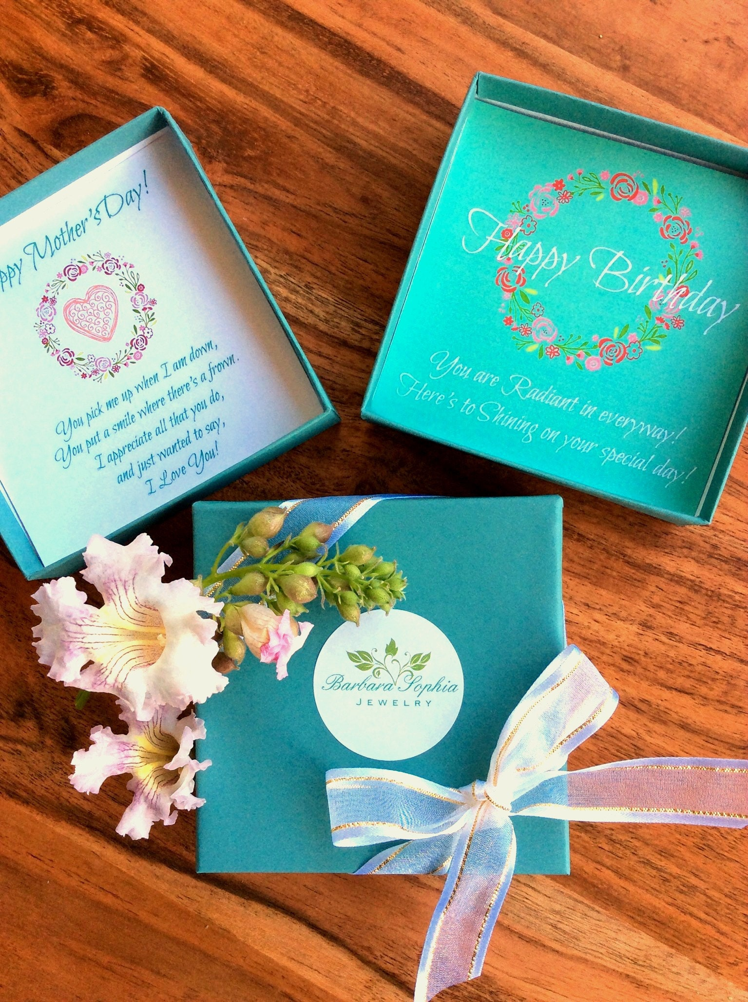 Check out the differ greeting card options for your gifts!