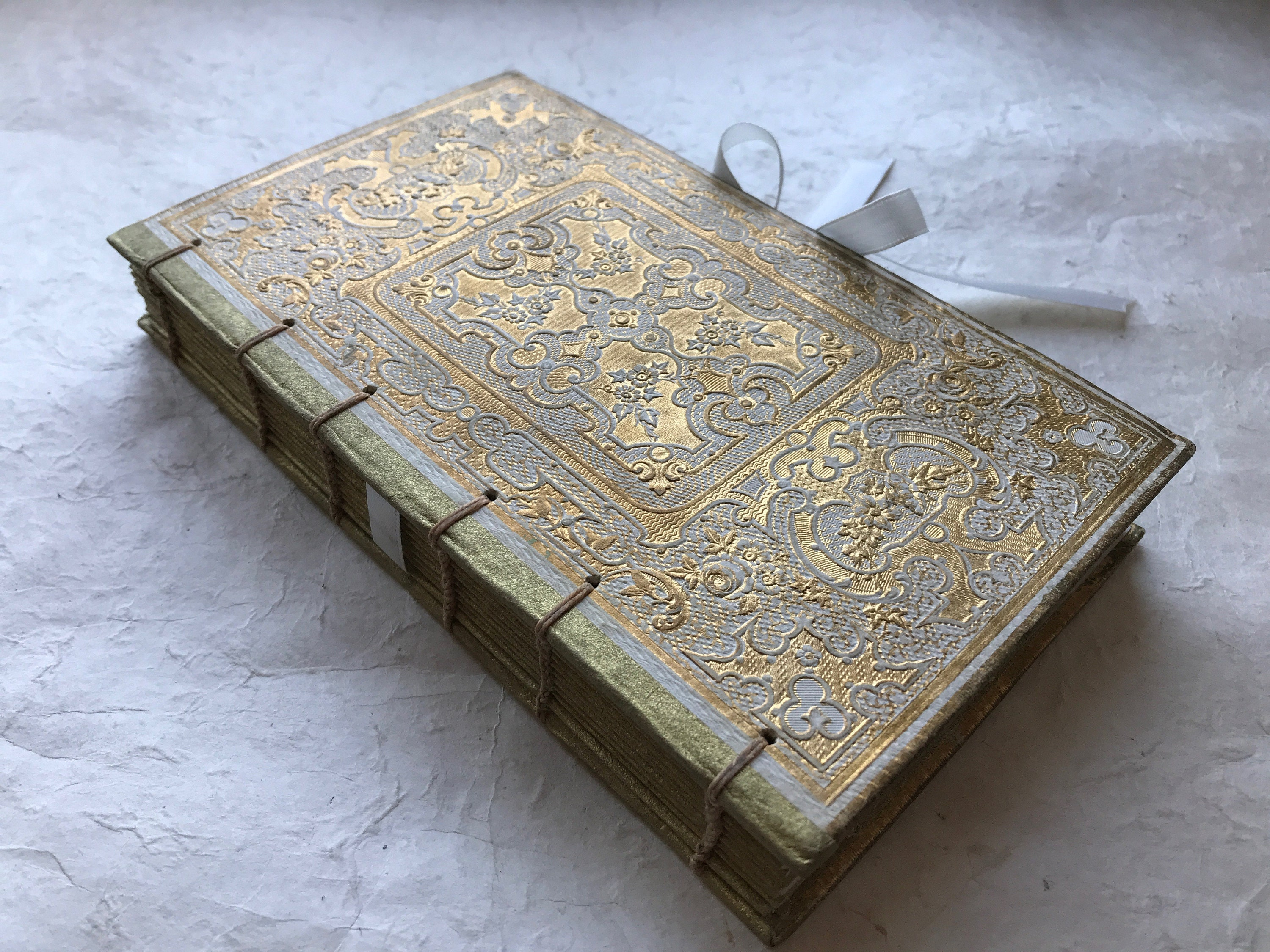 Ivory & Gold Guestbook