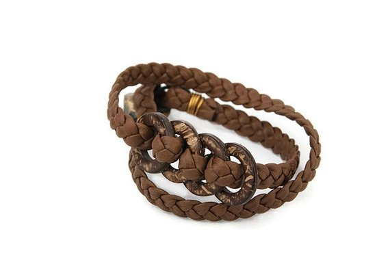 Brown recycled leather bracelet