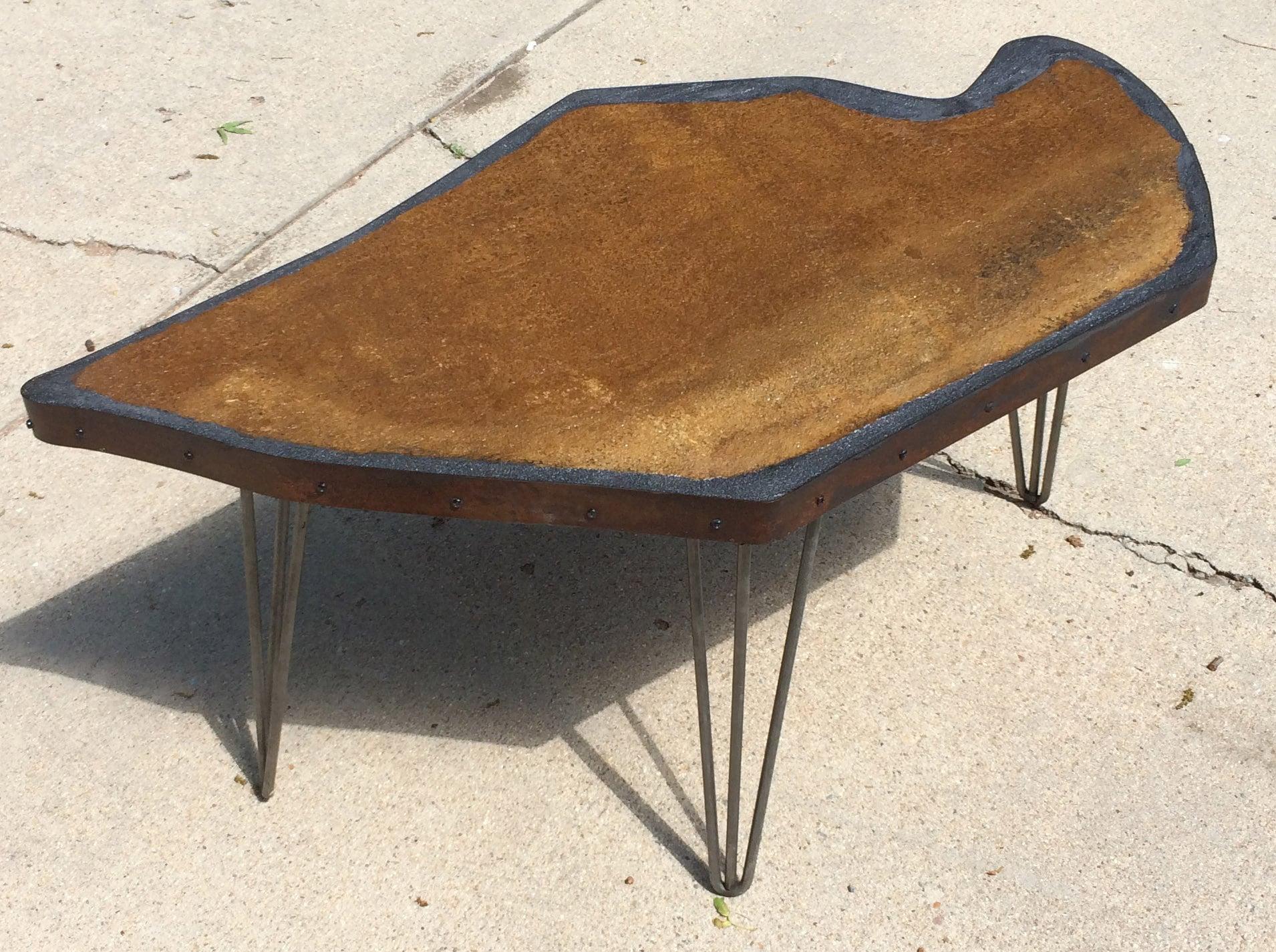 Rorschachs Table: oblique view