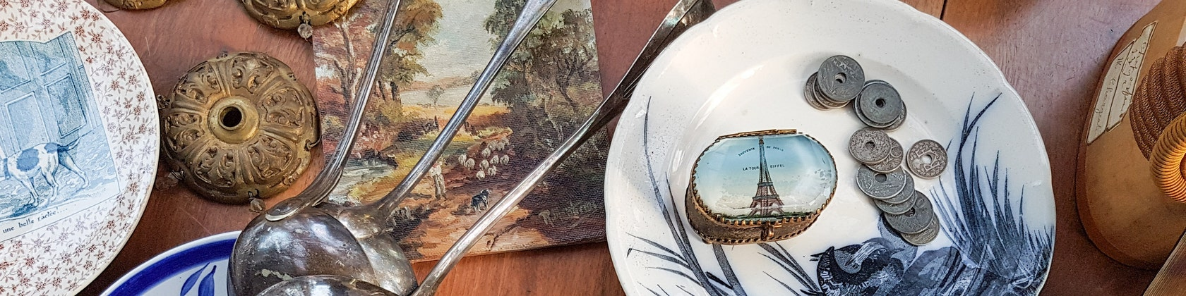French Brocante and antiques di LaChineuseFrancaise su Etsy