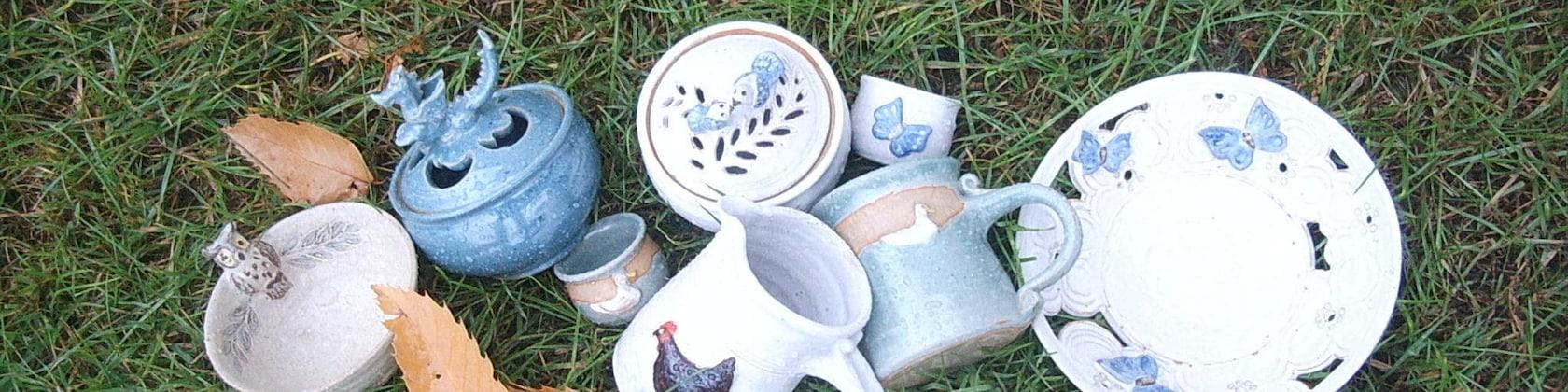 PAINT YOUR OWN DRAGON Pottery Kids Craft Activity 12cm X 11cm