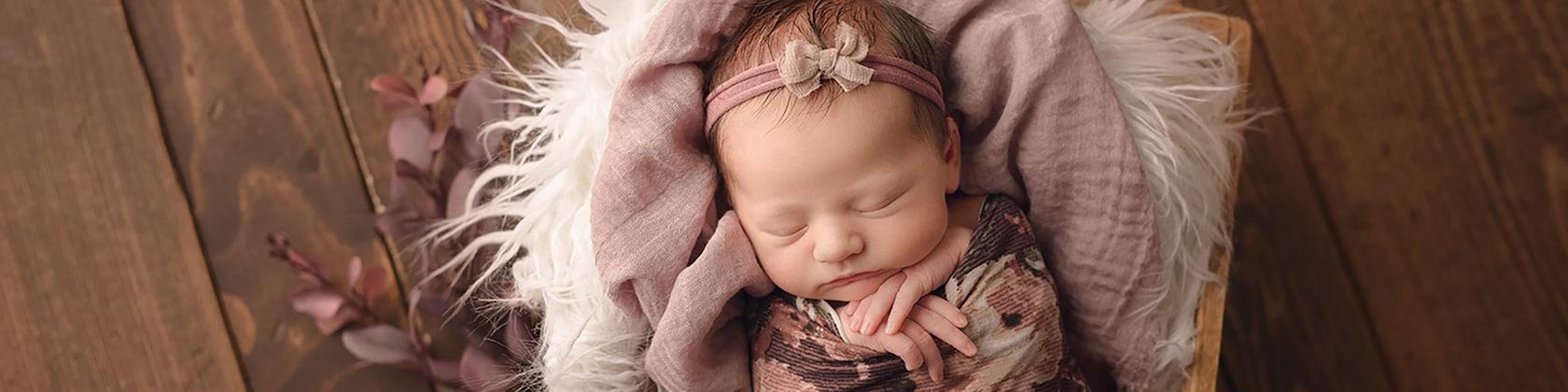 PropsByPosies Newborn Props & Sewing Patterns von PropsByPosies