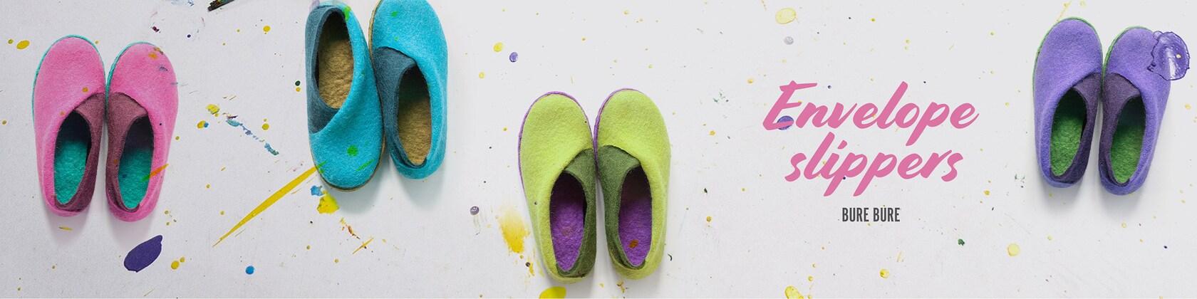 Handmade felted wool slippers for women men von BureBureSlippers
