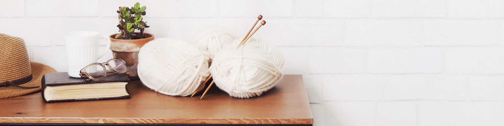 Scarves Hats Sweaters Cowls Blankets Patterns por KnittingWonders