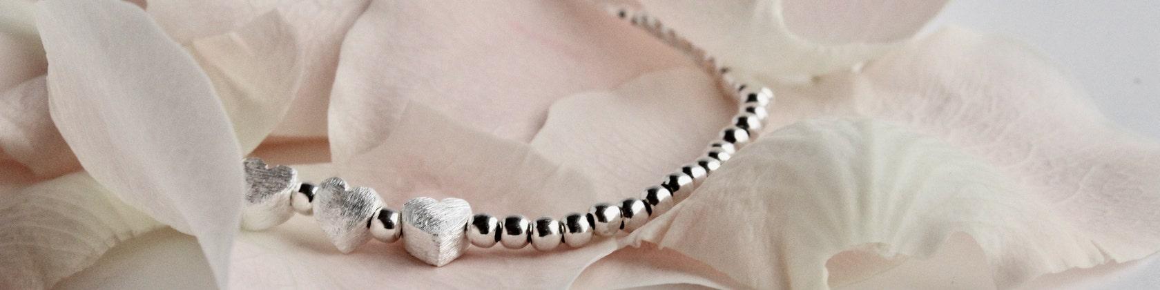 schön elastisch Armband aus Achat Crescent Form Perlen Armband