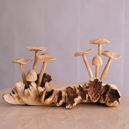 Hummingbird Wood Carving Ornament /& Mushroom on Parasite Wood Gift