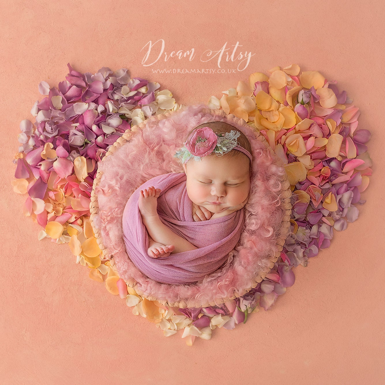 Newborn Props / Maternity Gowns / por CherryBlossomPropsUK en Etsy