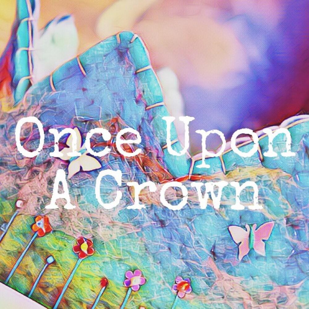 Once Upon A Crown Door Hesterwakka Op Etsy