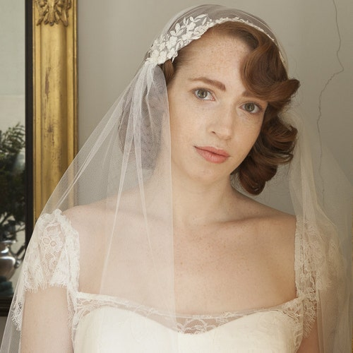 Champagne Tulle Charming Wedding Bridal Veil Bride Headdress With Comb