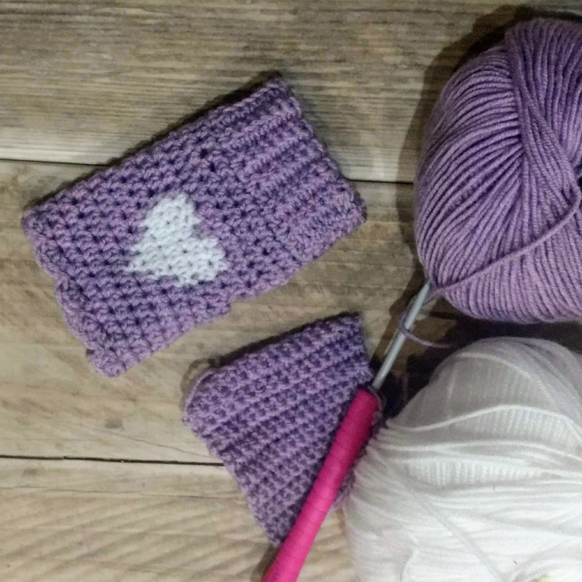 Birth to 7 Years Pattern No 1742- Hats Sirdar Snuggly 4 Ply
