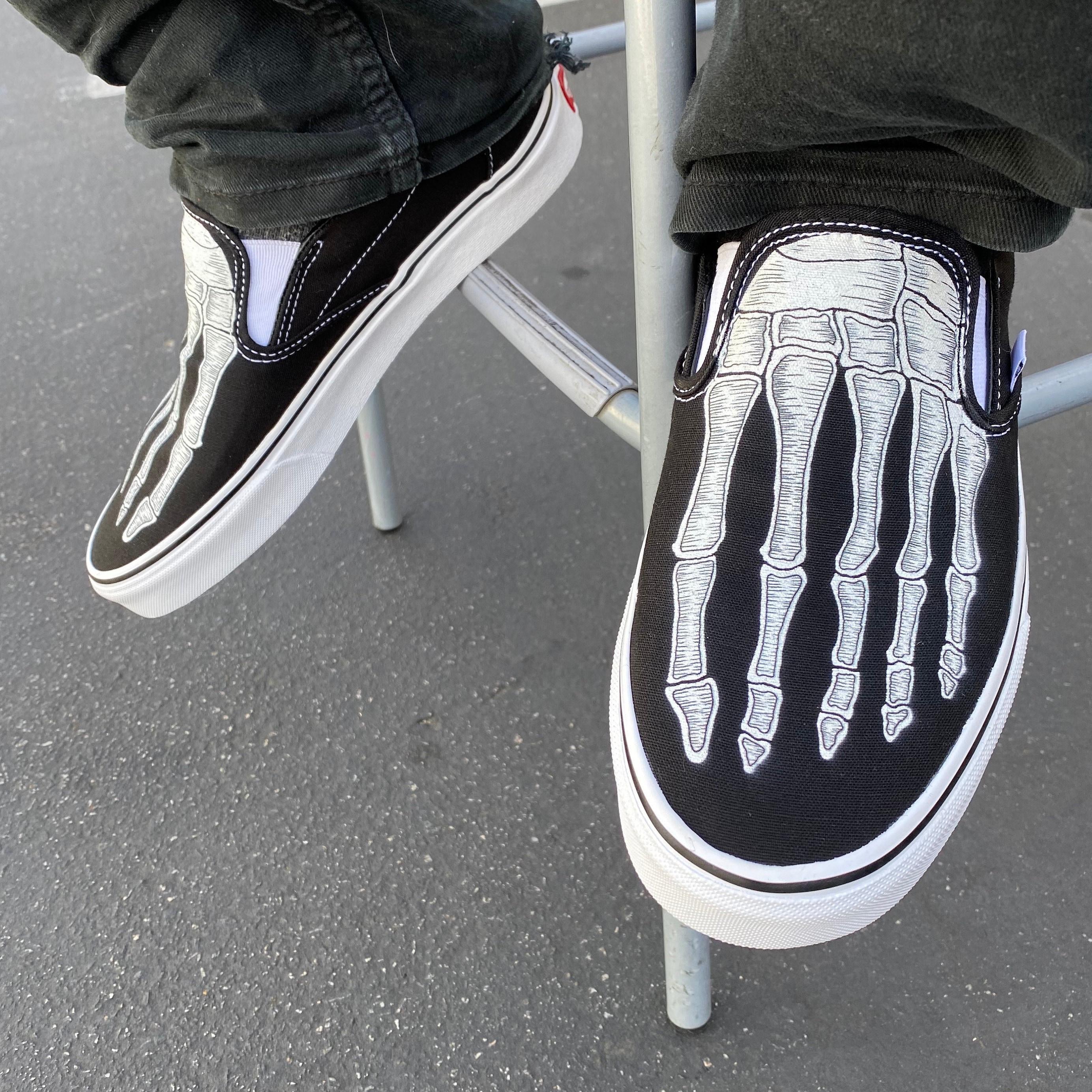 Custom Vans & Converse Shoes von BlvdCustom auf Etsy