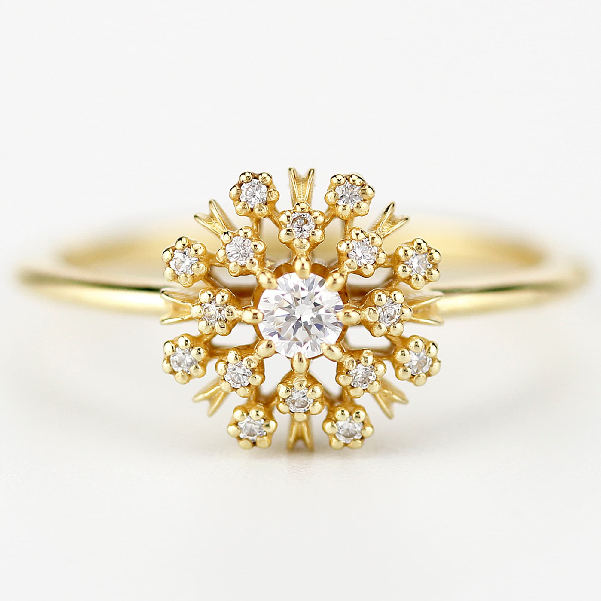 Womens Designer Engagement Ring With Full Crystal Studded Jewelry LH