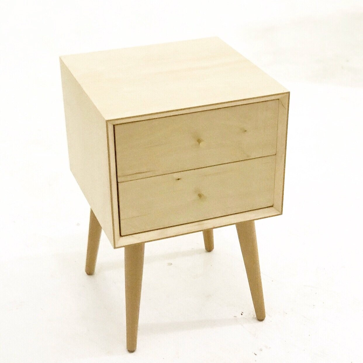 Maple Double Drawer Nightstands