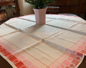 Casual Tablecloths/Naps
