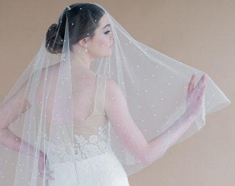 Veils: Embellished