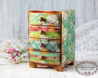 MINI CHEST DRAWERS