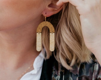 Earrings ~ Gold/Fashion